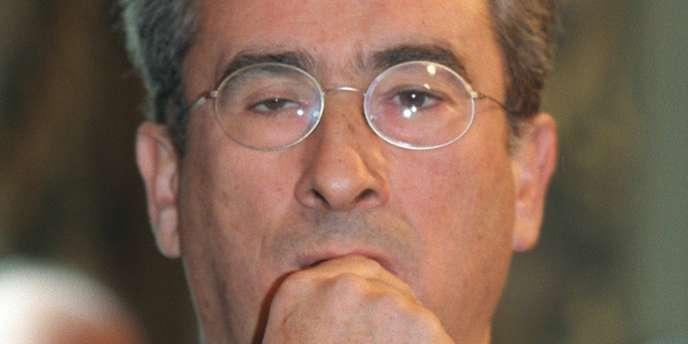 Jean-François Probst, en janvier 2000 dans les salons de l'Hôtel de Ville de Paris.