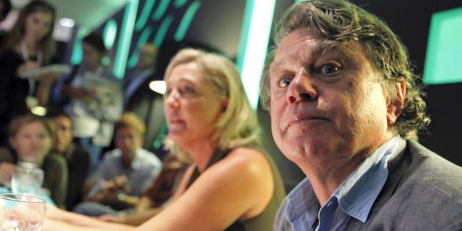 L'avocat Gilbert Collard, ici avec Marine Le Pen, en septembre 2011, est candidat du