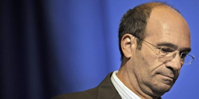 L'ancien ministre du travail Eric Woerth est accusé de conflit d'intérêts dans l'affaire Bettencourt.