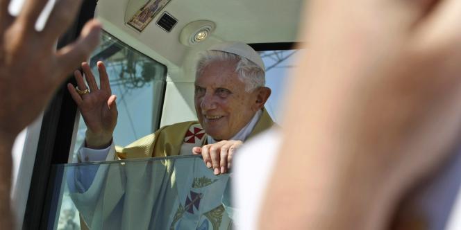 Le pape Benoît XVI a exprimé sa honte et demandé pardon, prônant la tolérance zéro à l'égard des pédophiles.