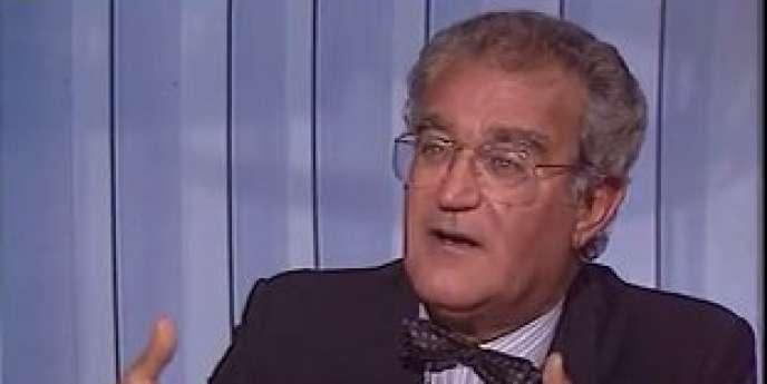 Né le 7 juillet 1929, Georges Fillioud avait été nommé ministre de la communication en 1981.