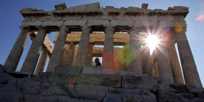 Pour Bruxelles, la Grèce commencera à voir le jour en 2014