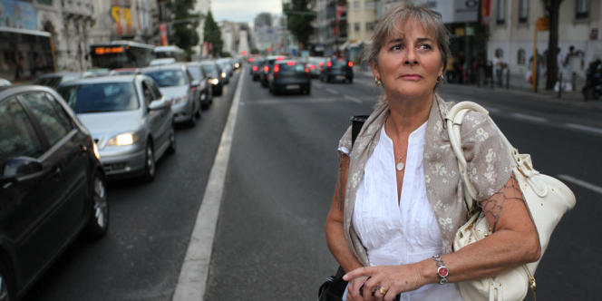 Helena Barceló, 64 ans, paye 380 euros pour 140 mètres carrés dans le quartier des Nouvelles-Avenues.