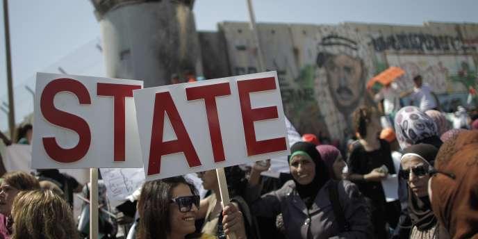 Manifestation près de Ramallah pour supporter la demande d'adhésion d'un Etat palestinien à l'ONU.