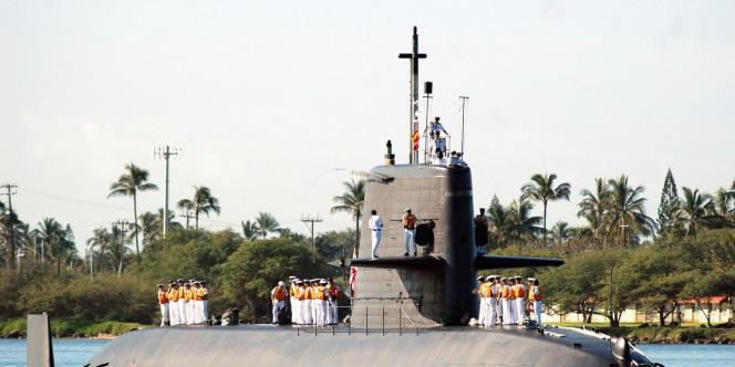 Un sous-marin japonais de classe Oyashio, construit par Mitsubishi, en 2006.