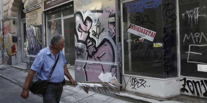 Pour obtenir une aide, la Grèce doit alléger son secteur public et améliorer son système de collecte de l'impôt.