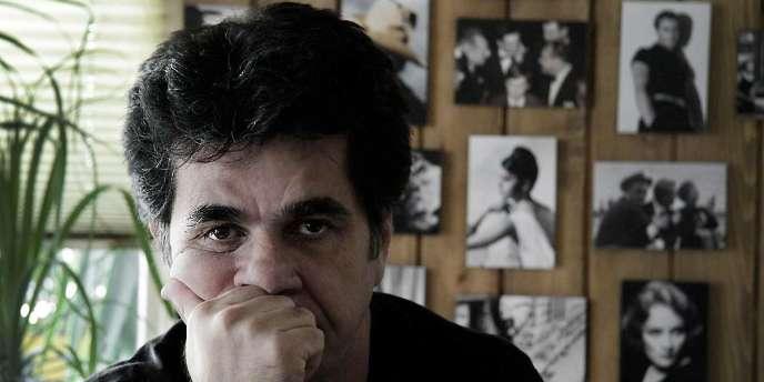 Le réalisateur Jafar Panahi dans le film documentaire iranien de Jafar Panahi et Mojtaba Mirtahmasb,