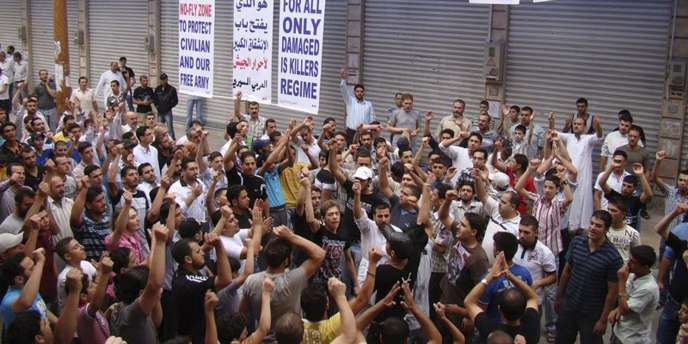 Manifestation dans la province de Homs, le vendredi 23 septembre.