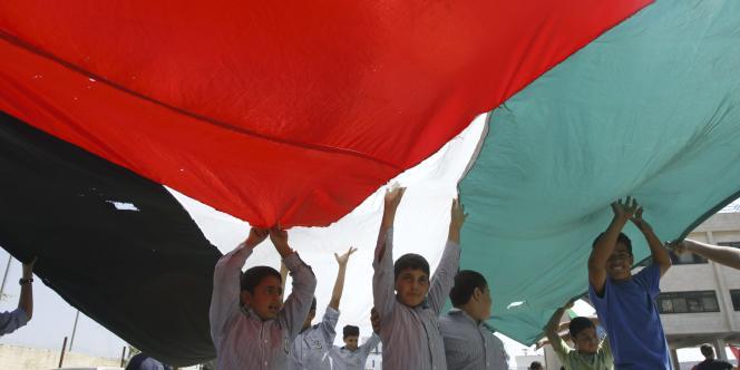 Les Palestiniens se réunissent pour appuyer la proposition d'Abbas sur la création d'un Etat palestinien.