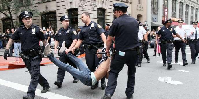 La police a notamment invoqué des troubles à l'ordre public pour justifier les dizaines d'arrestations des manifestants du mouvement