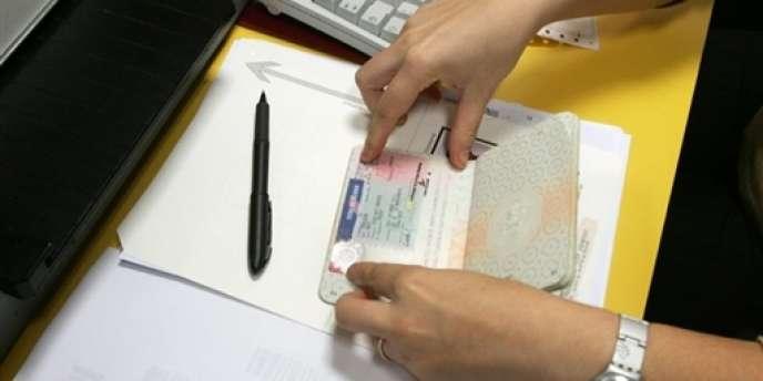 Les étrangers venant étudier en France sont porteurs de visas ayant la mention