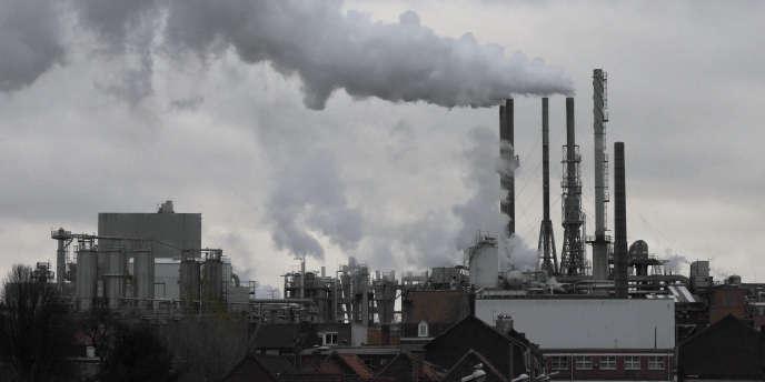 La directive impose aux compagnies d'énergie d'aider leurs clients à réduire leur consommation.