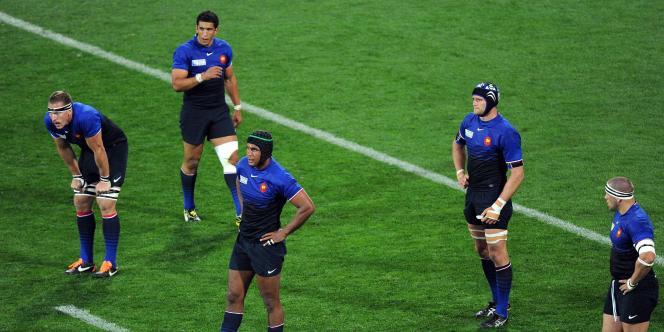 Les joueurs français sont sonnés, samedi à Wellington.