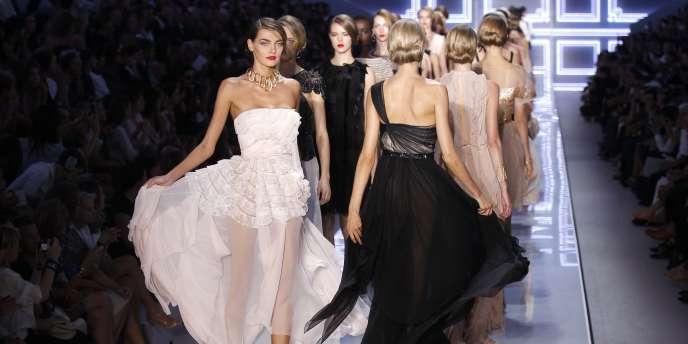 Défilé Dior à Paris, le 30 septembre 2011.