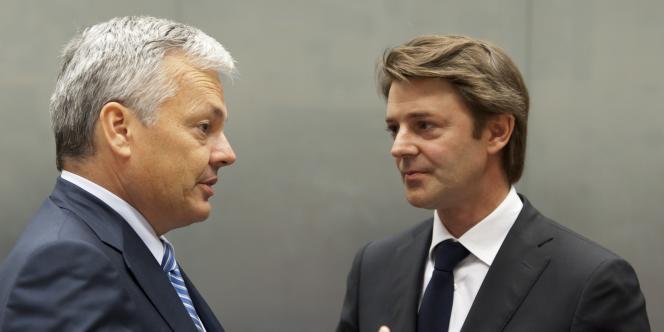 Le ministre des finances belge, Didier Reynders, et son homologue français, François Baroin, le 3 octobre 2011.