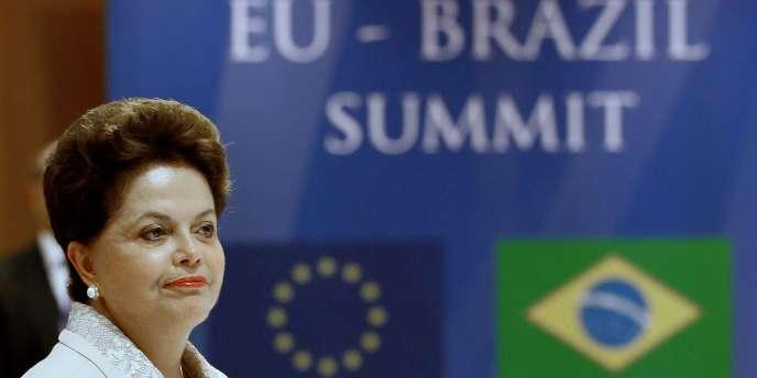 La présidente du Brésil, Dilma Roussef, le 4 octobre 2011, à Bruxelles.