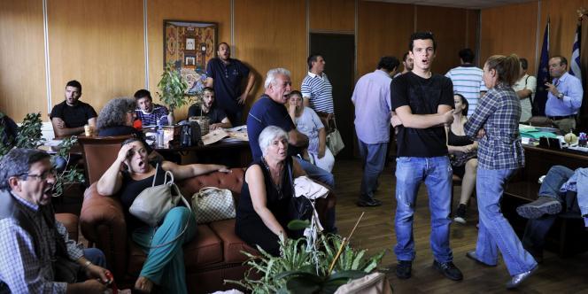 Le ministère du travail a été occupé, mardi à Athènes, par des manifestants communistes qui refusent les nouveaux efforts demandés par les bailleurs de fonds du pays.