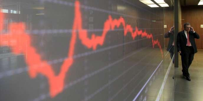 Le taux de référence est tombé à 1,994 %, effaçant son précédent record enregistré début août (2,002 %), sur le marché secondaire, où s'échange la dette déjà émise.