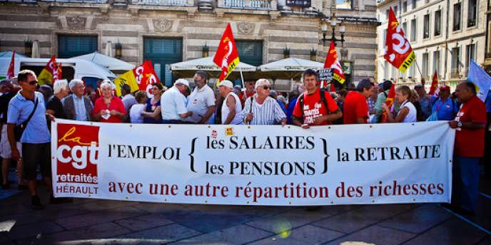 Des retraités manifestent pour l'accroissement de leur pouvoir d'achat, à Montpellier.