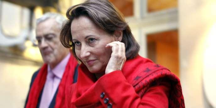 Ségolène Royal, à Paris le 9 octobre 2011, lors du premier tour de la primaire socialiste.