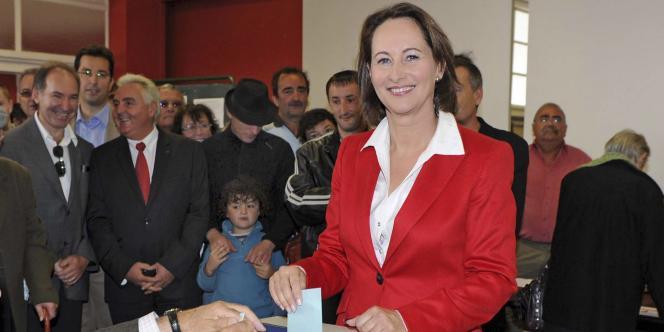 Ségolène Royal lors du vote à la primaire socialiste à laquelle elle était candidate, en octobre.