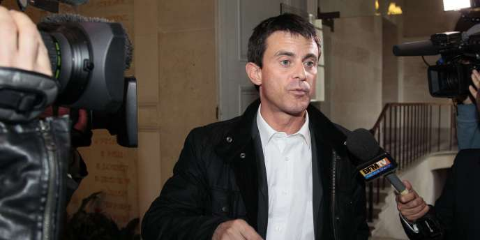 Manuel Valls, responsable de la communication du candidat François Hollande.