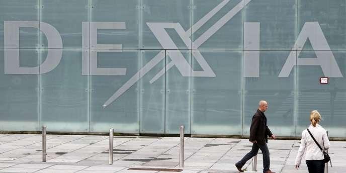 Echaudée par les faillites de Dexia, ou de Fortis, la commission européenne veut pouvoir trancher en dernier ressort du démantèlement, ou de la recapitalisation d'une banque en difficulté, et pouvoir le faire