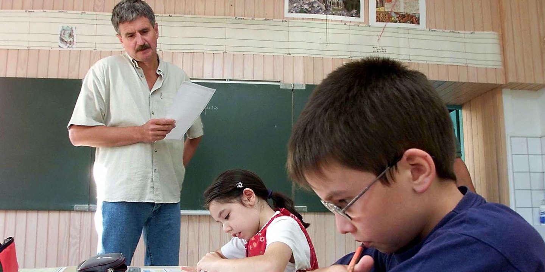 règles contre les enseignants datant parents