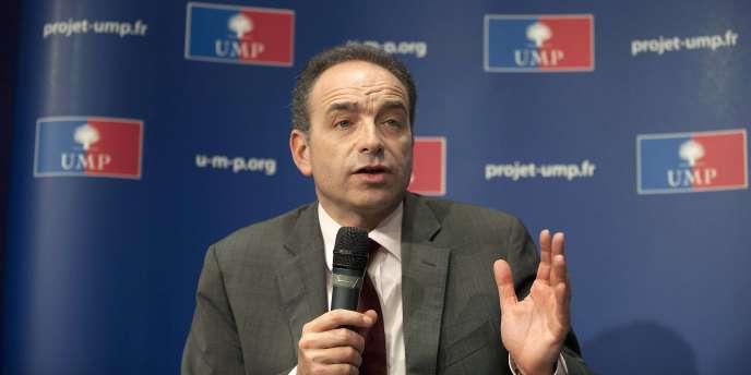Jean-François Copé lors d'une conférence de presse le 30 mars 2011 à Paris.
