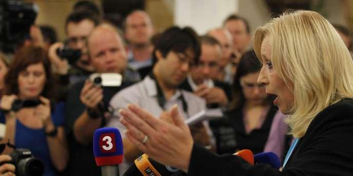 La première ministre slovaque, Iveta Radicova, avait engagé la responsabilité de son gouvernement pour tenter de contraindre le parti Liberté et Solidarité (SAS), membre de la coalition au pouvoir, de voter en faveur de l'élargissement du FESF.