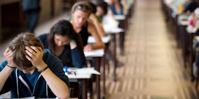 Les victimes de l'orientation scolaire ne sont pas ceux qui ont le pouvoir, savent se faire entendre, mais les moins bien informés et les moins à l'aise face à l'institution scolaire.