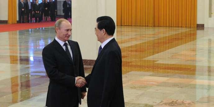 Vladimir Poutine et Hu Jintao, le 12 octobre 2011 à Pékin.