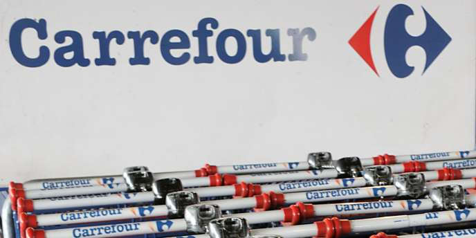 Carrefour, qui avait retiré lasagnes et cannellonis à sa marque en raison de suspicions de viande de cheval, s'est engagé à incorporer 100 % de viande de bœuf et de porc d'origine française dans ses plats cuisinés frais et surgelés.