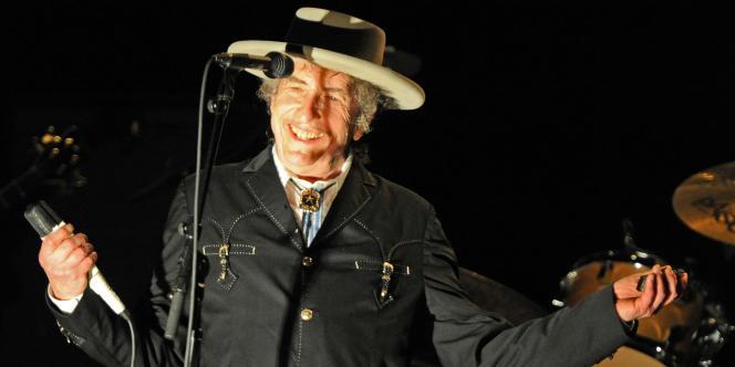 Bob Dylan en concert en Australie, le 25 avril 2011.