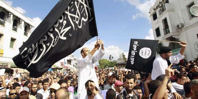 Plusieurs manifestations se sont déroulées vendredi dans divers endroits de Tunis contre la diffusion du film