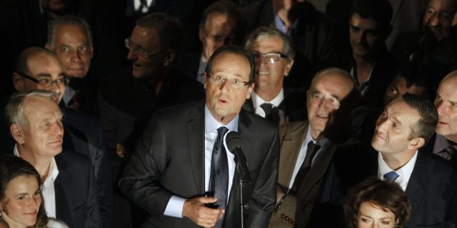 François Hollande au soir du deuxième tour de la primaire socialiste, le dimanche 16 octobre.