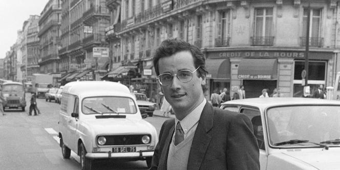 En 1981, François Hollande est auditeur à la Cour des comptes.