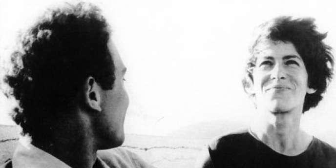 Jean-Pierre Sergent et Marceline Loridan-Ivens dans le film documentaire français de Jean Rouch et Edgar Morin,