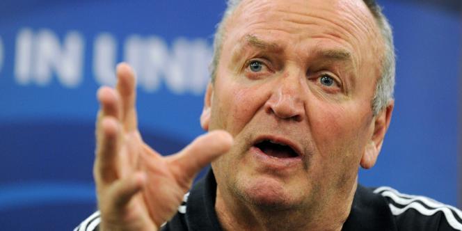 L'entraîneur des All Blacks, Graham Henry, le 17 octobre à Auckland.