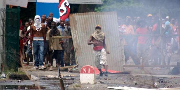 Des affrontements entre manifestants et forces de l'ordre ont émaillé le mouvement contre la vie chère.