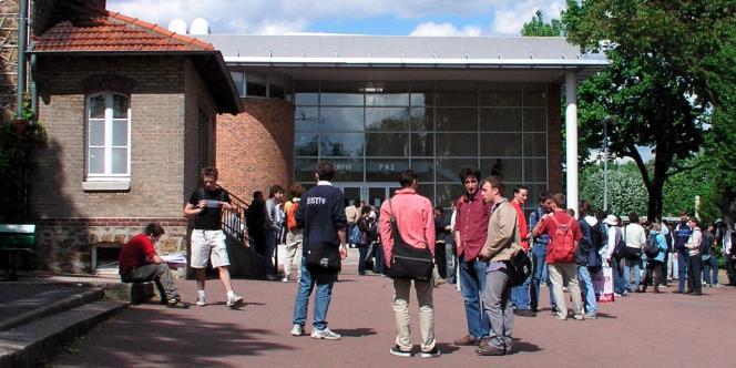 Deuxième école d'ingénieurs française en termes d'effectifs, l'ESTP rénove son campus aux portes de Paris.
