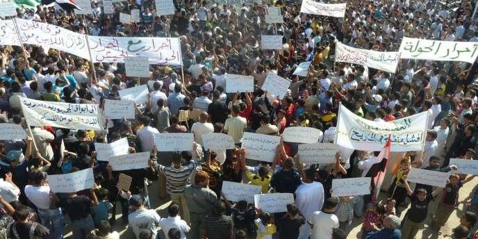 A Homs, la mobilisation ne faiblit pas.