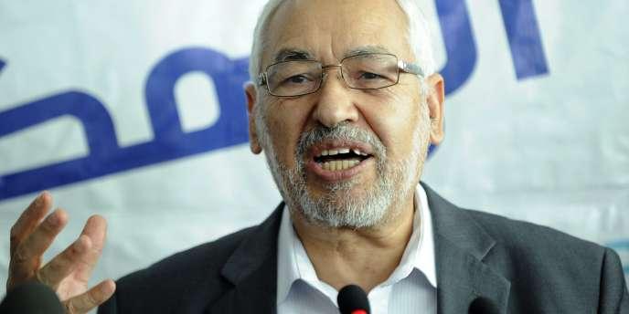 Le président du parti islamiste Ennahda, Rachid Ghannouchi, lors d'une précédente conférence de presse à Ariana, près de Tunis, en octobre 2011.