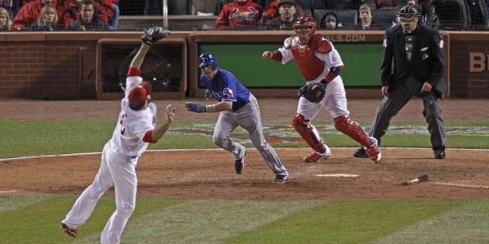 Les Cardinals ont remporté la première manche de la World Series mercredi face au Texas Rangers.