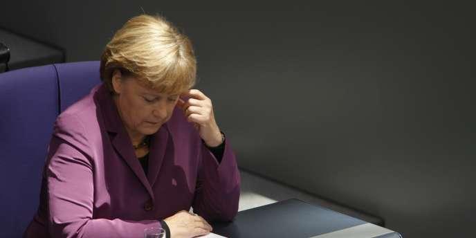 La chancelière allemande Angela Merkel lors d'une réunion au Bundestag à Berlin vendredi