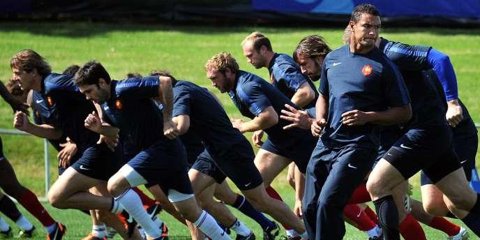 Le XV de France à l'entraînement avant la finale.