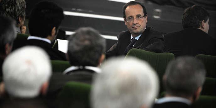 François Hollande au congrès de l'Association des départements de France, jeudi 20 octobre, à Besançon.