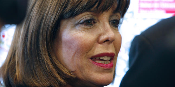 Photo prise le 4 décembre 2009 à La Défense, montrant Joëlle Ceccaldi-Raynaud, député-maire de Puteaux (UMP).