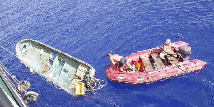 Peu après les îles Midway, le
