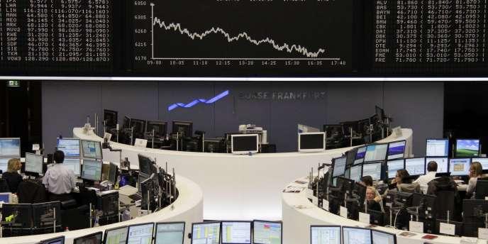 Lundu 4 février, toutes les places financières européennes ont dévissé. A Francfort, l'indice DAX a cédé 2,49 %.